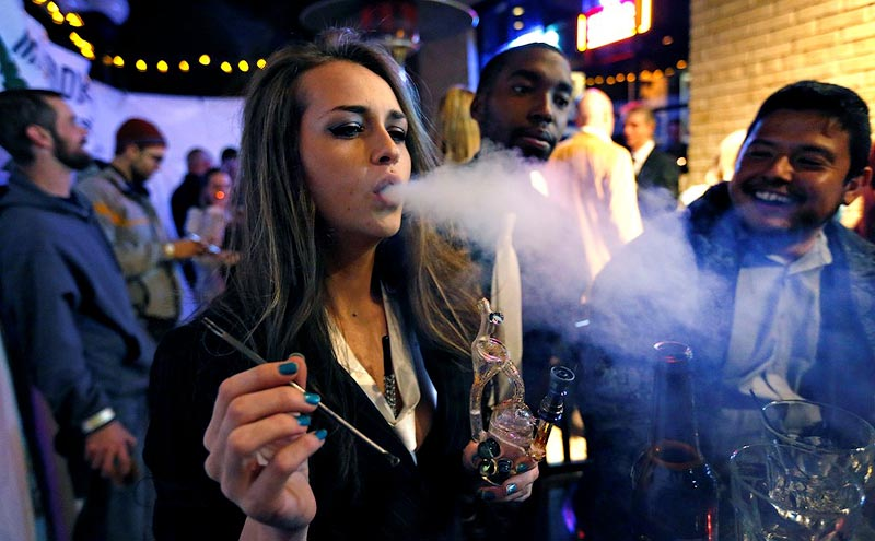 Курение марихуаны магазины побочные эффекты марихуана