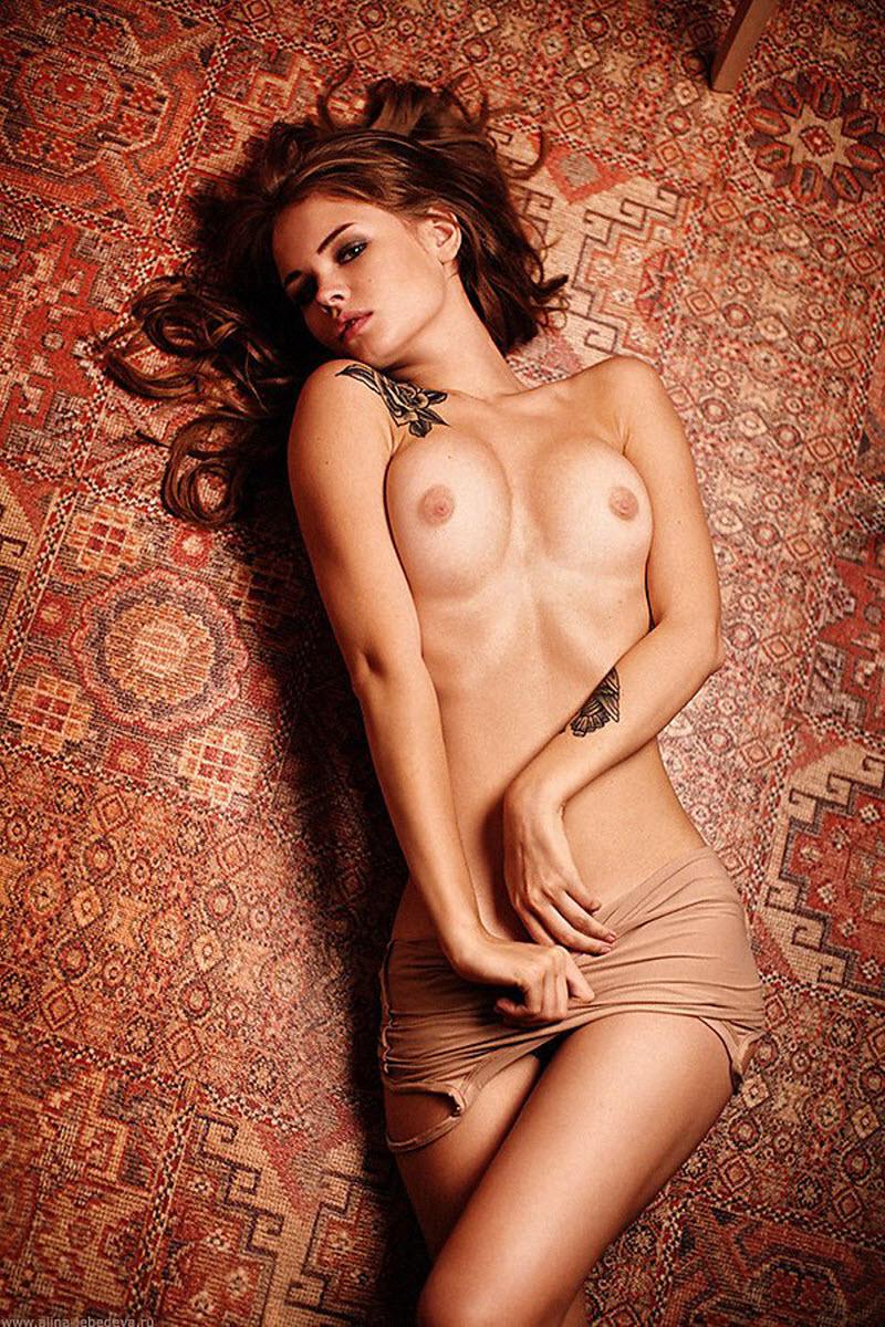 фотомодели лучшие голые оказалась нагружена стеклянными