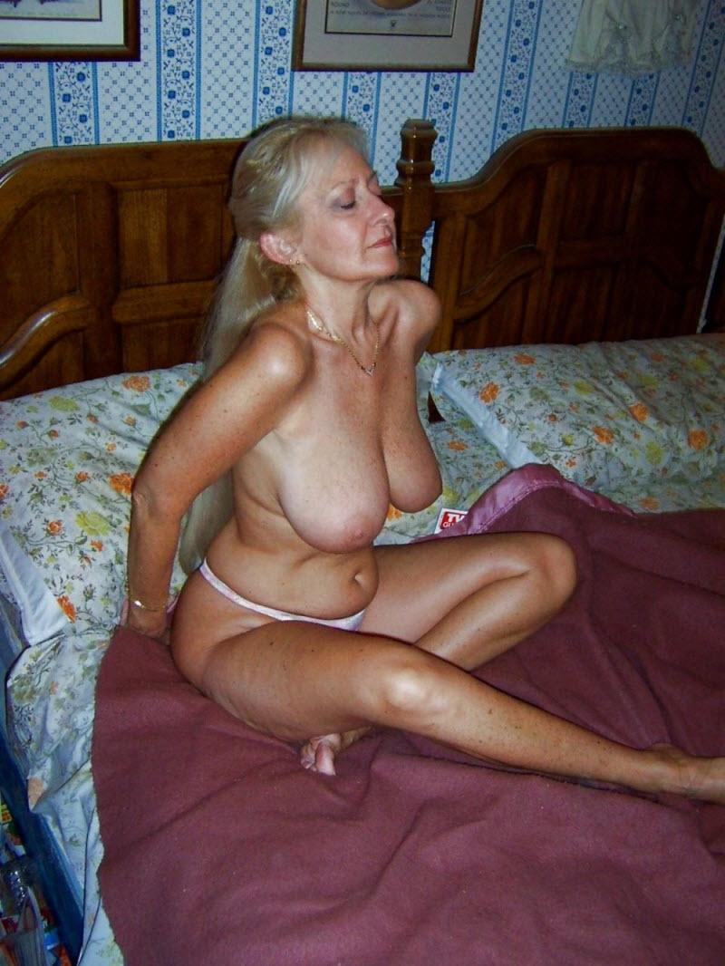 Смотреть зрелые красивые мамочки 6 фотография