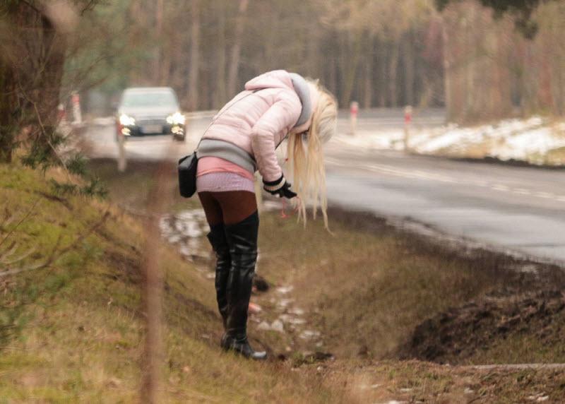 Проститутки у дорогах выезд индивидуалки тюмень
