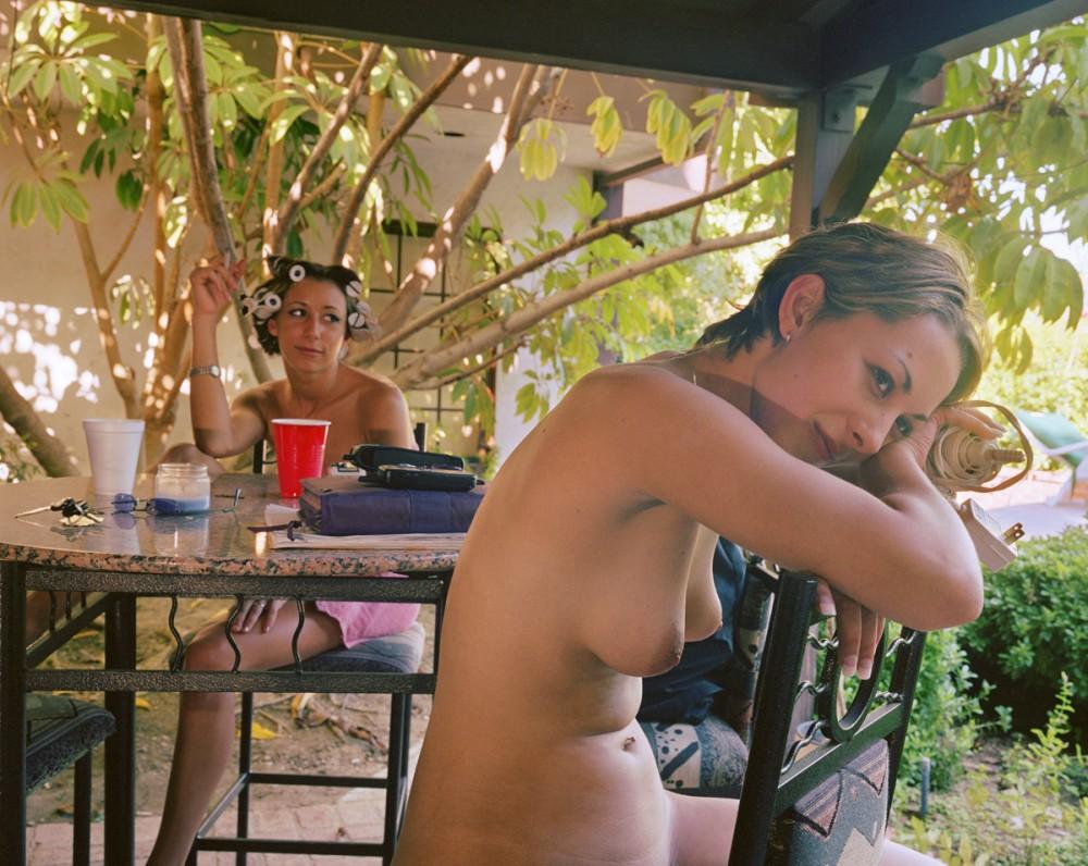 rabochie-momenti-pornofilma-porno-milton-kins