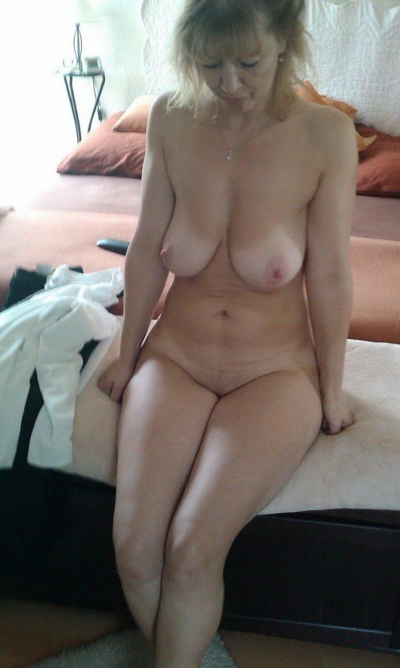 Порно смачных зрелых самок подросткам юношам