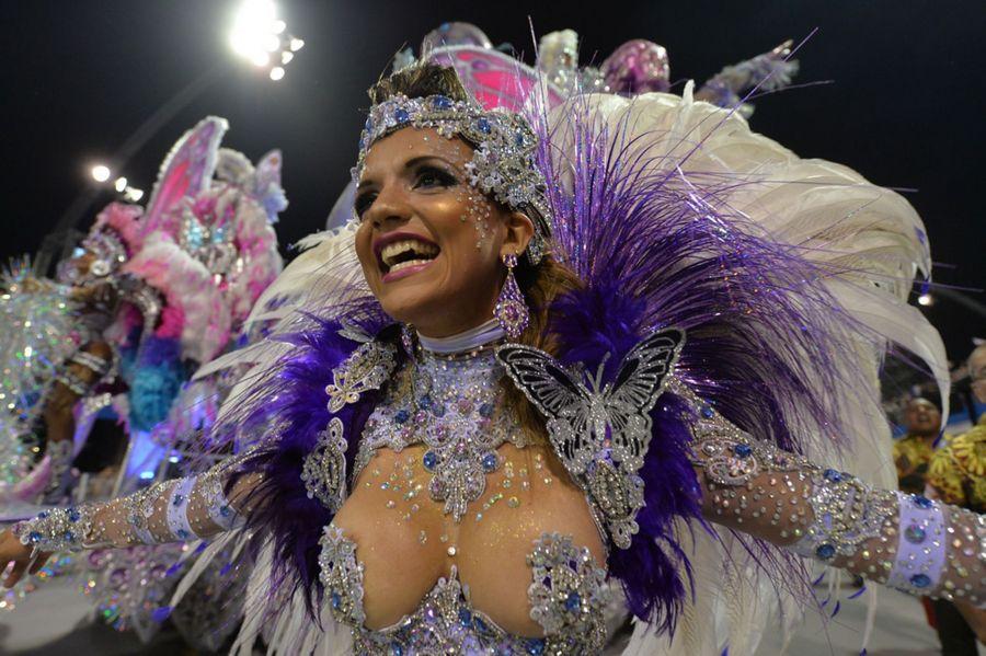 Фото ролики из карнавала из бразилий фото 389-80