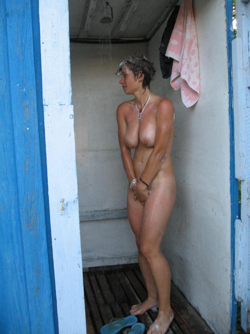 Фото подглядывания голых девок