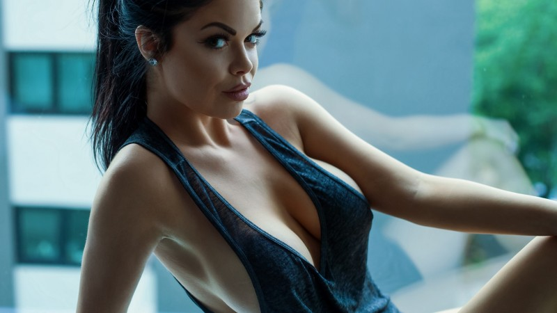 очень красивые девушки фото полуголые