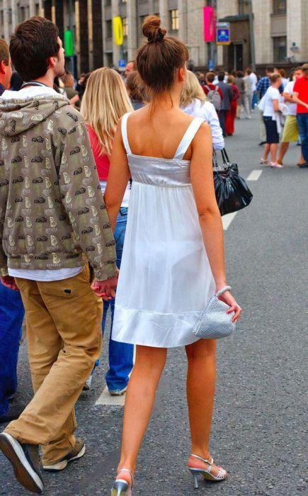 Фото женщин под платье