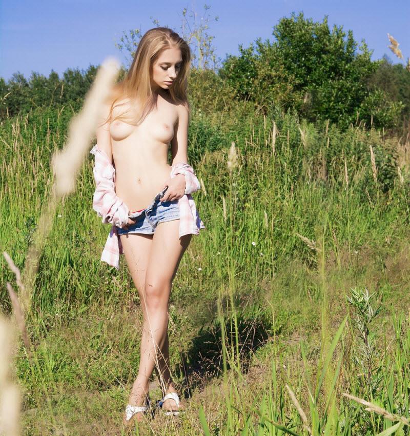 Порно демотиваторы с голыми девушками