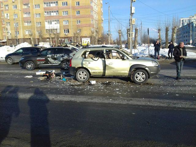 Взрыв автомобиля от ГБО на Казанском шоссе