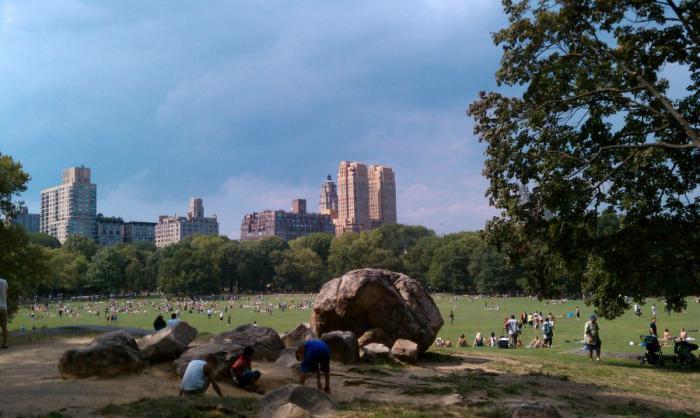 Un duende en central park latino dating
