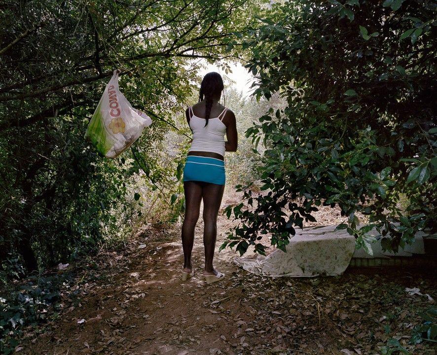 Проститутки из нигерия проститутки светловодска