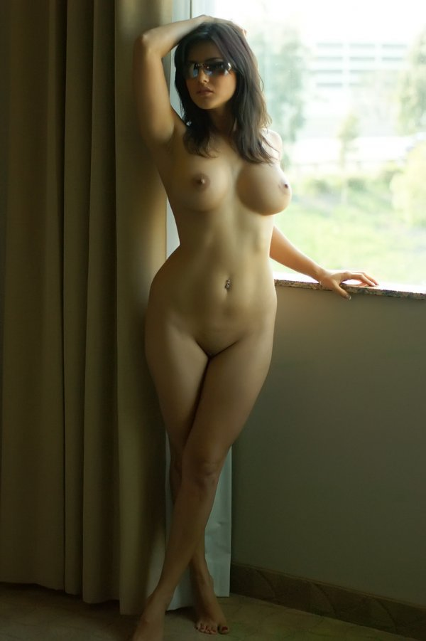 фото голых девушек с классной фигурой