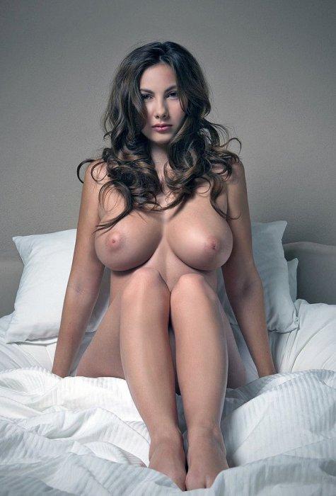 скачать подборка фото с большой грудью красивых девушек