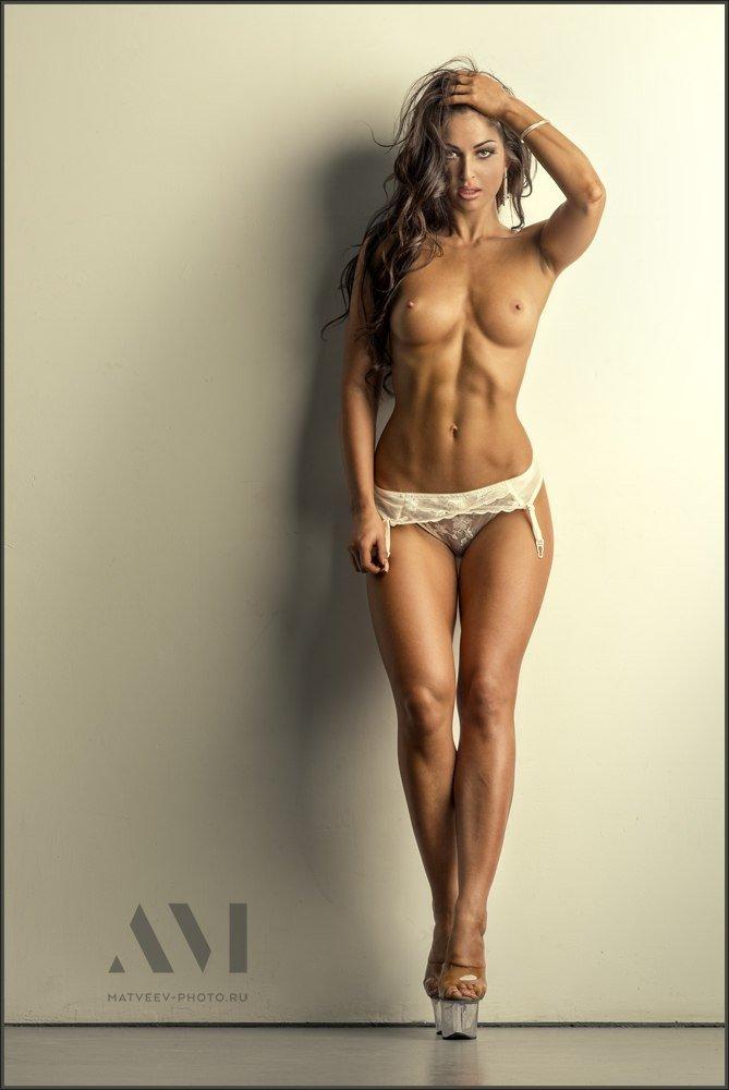 эротическое фото девушек спортивного телосложения