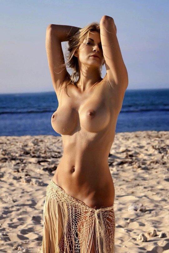 Горячие фото голых