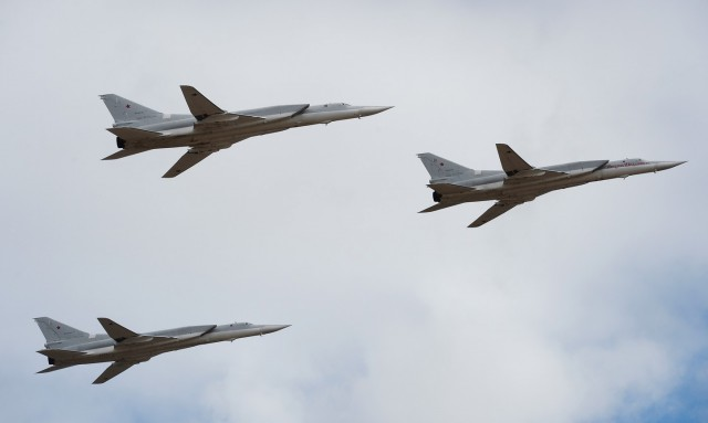Six long-range Russian bombers hit ISIS in Syria