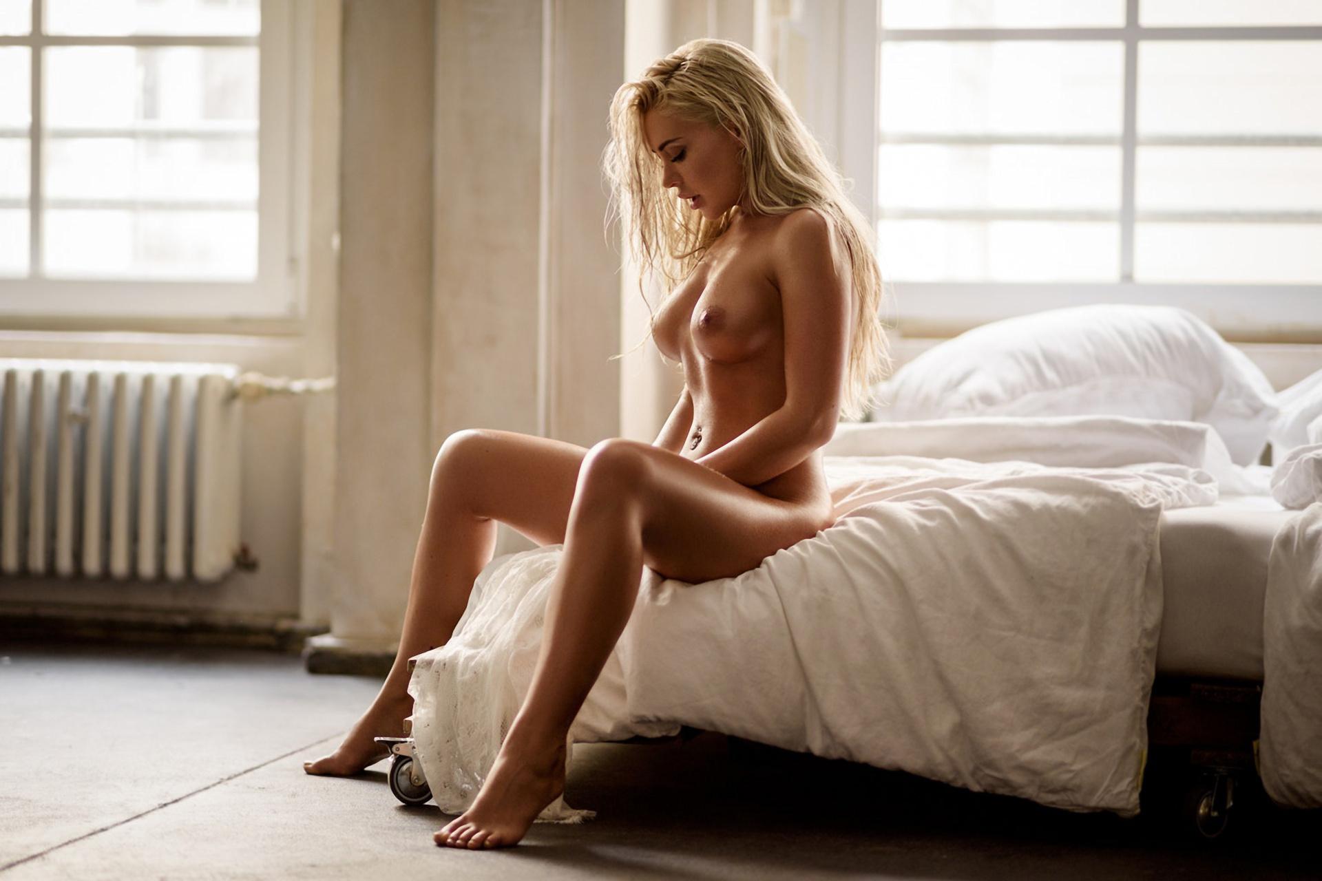 Фотографии Обнаженных Блондинок