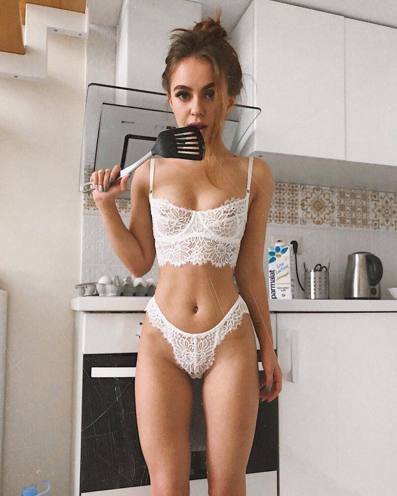 russkie-devushki-seksualnie-foto-fetish-pantaloni