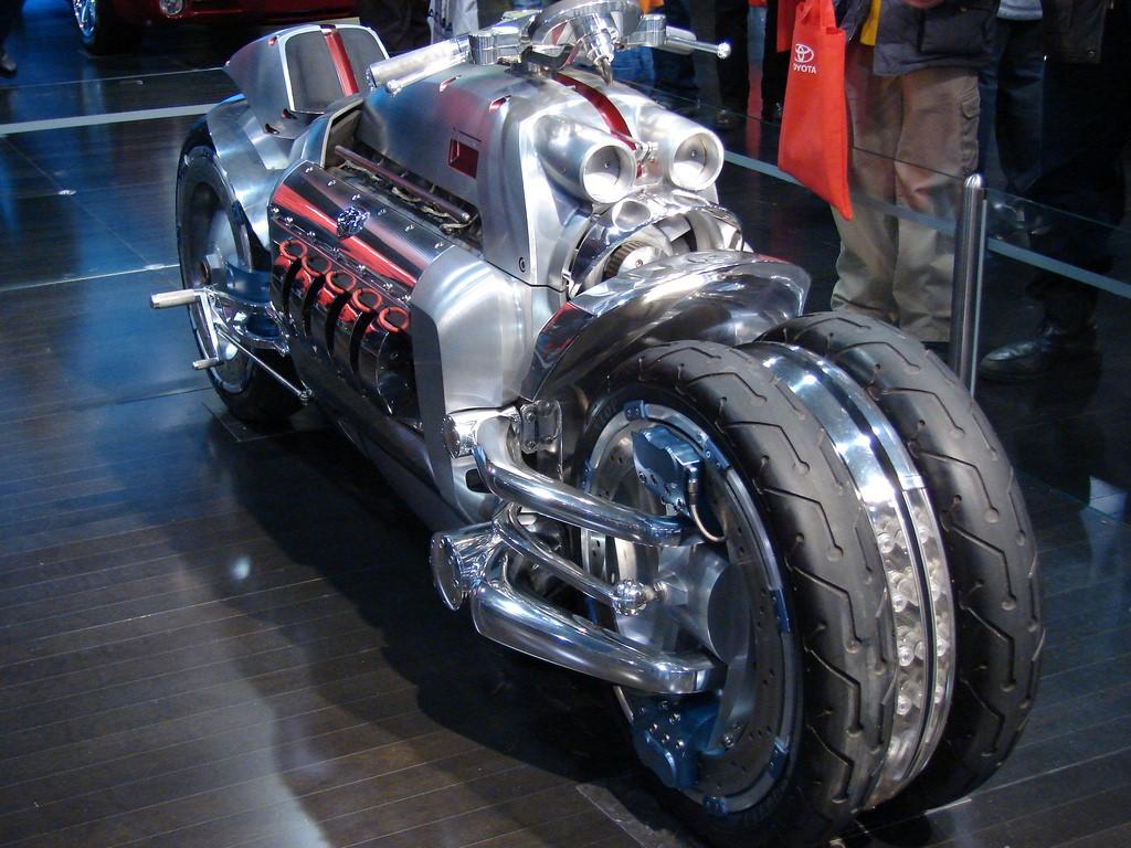 tomahawk-mire-motocikl-avto-avto-kartinki-avto-video-motocikly_5945666730.jpg (1024×768)