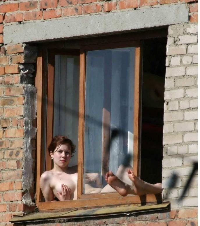 соседка из окна напротив ню - 9