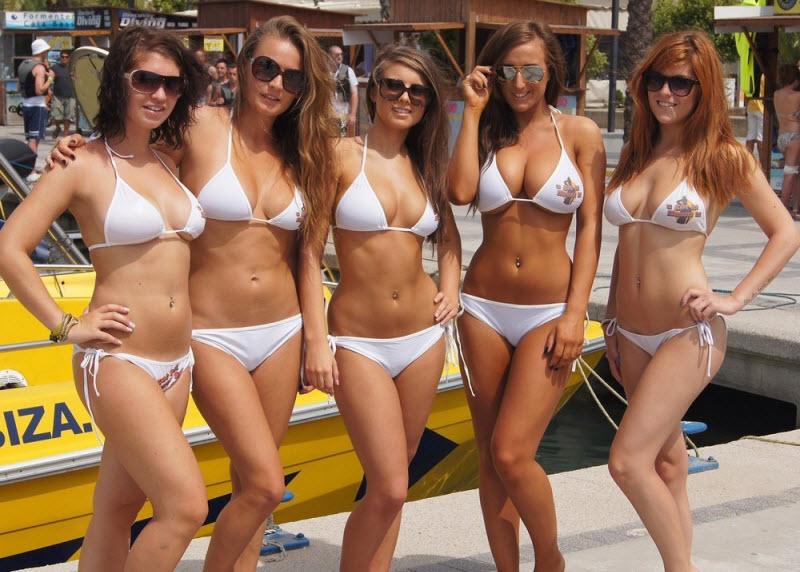 Poor man s bikini babes