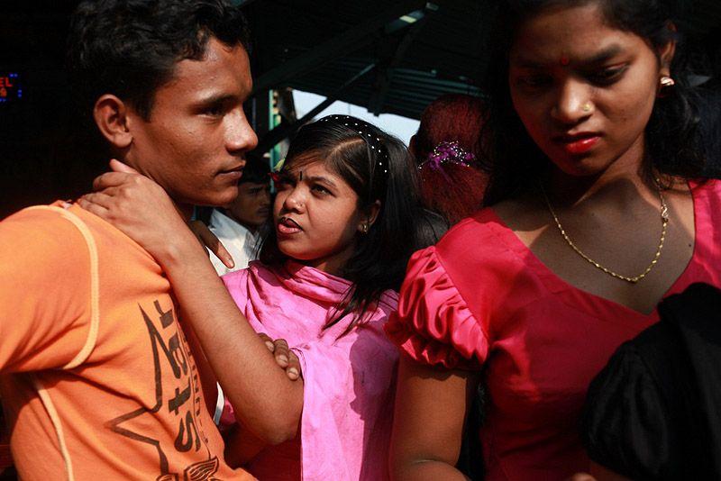Цена бангладеш проститутка в