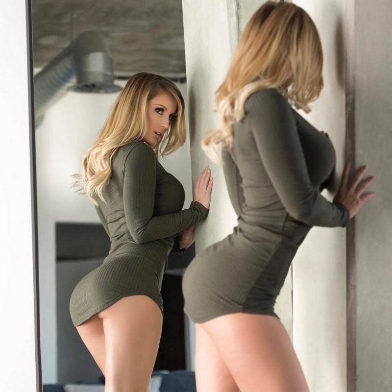 выкладываем только возбуждающие девушки в облегающих платьях порой