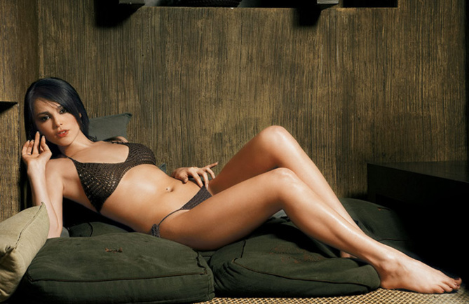 20 of the sexiest women of the country 2013